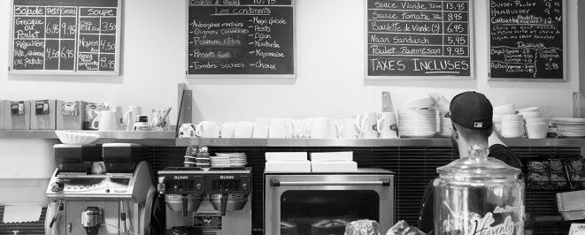 <strong>Café Bistro Eatalie</strong>